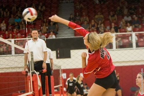 Alyssa Mason had 14 kills from the middle blocker position in the second match. (Photo by Aaron Fooks)